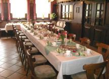 Kleiner Saal und Tafel in Dermbach/Unteralba